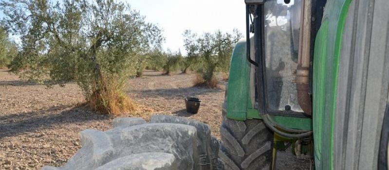 Esta semana podrás pasar la ITV a tu tractor en Marinaleda, Carrión, Huévar, Arahal, Casariche, Olvera,…